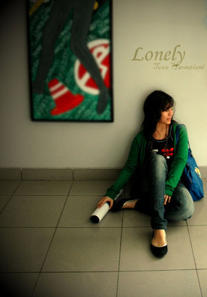 alone girl profile pics for whatsapp facebook