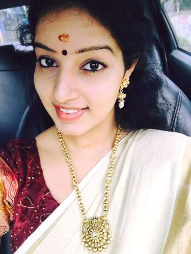 Tamil Girls profile pics for whatsapp facebook