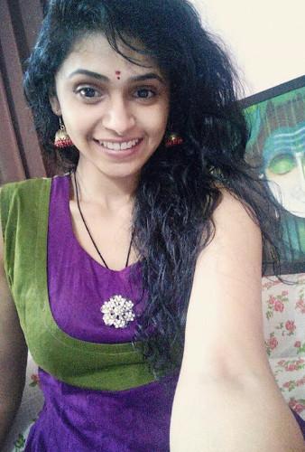 Tamil Girls Pics  Tamil Girls Dp  Tamil Girls Profile -8272