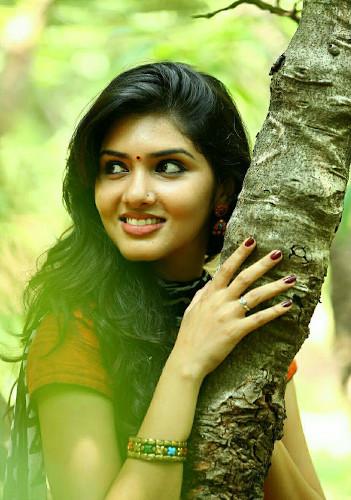 Tamil Girls Pics  Tamil Girls Dp  Tamil Girls Profile -6915