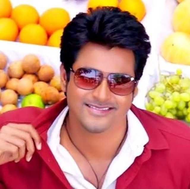 sivakarthikeyan pics for whatsapp facebook
