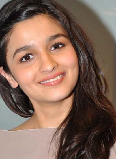 alia bhatt profile pictures