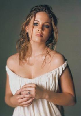 Erika Christensen profile pictures