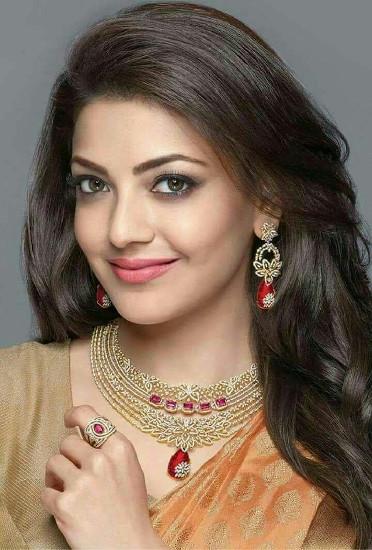 kajal agarwal profile pictures