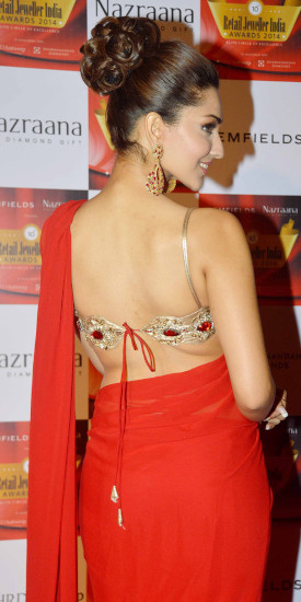 backless beauty