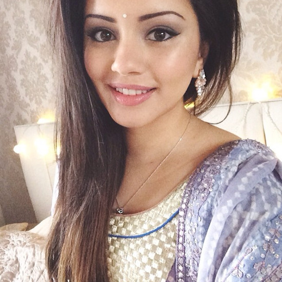 pretty girls profile pics
