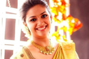 keerthi suresh profile pictures